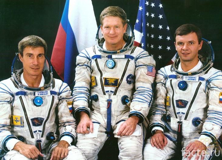 Первый экипаж МКС