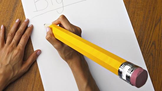 Почему простые карандаши всегда жёлтые