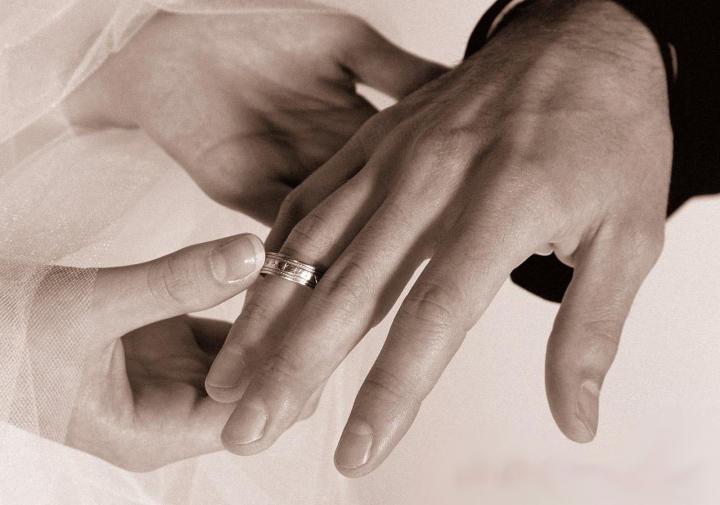 Почему союз мужчины и женщины назвали браком?