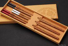 Почему китайцы едят палочками