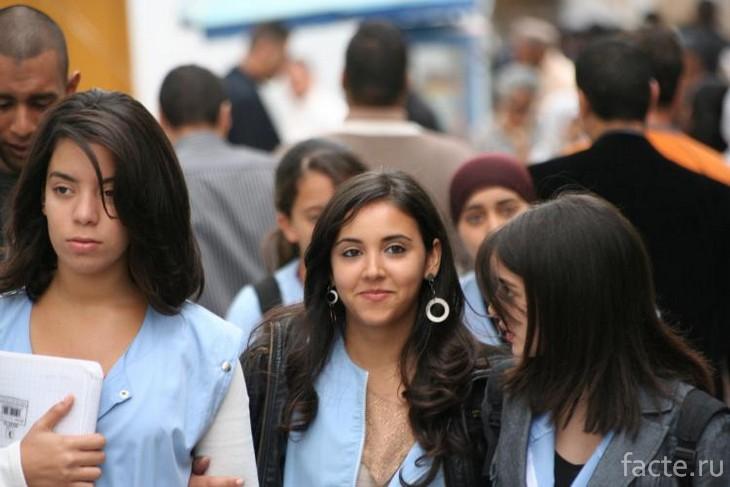 Девушки из Туниса