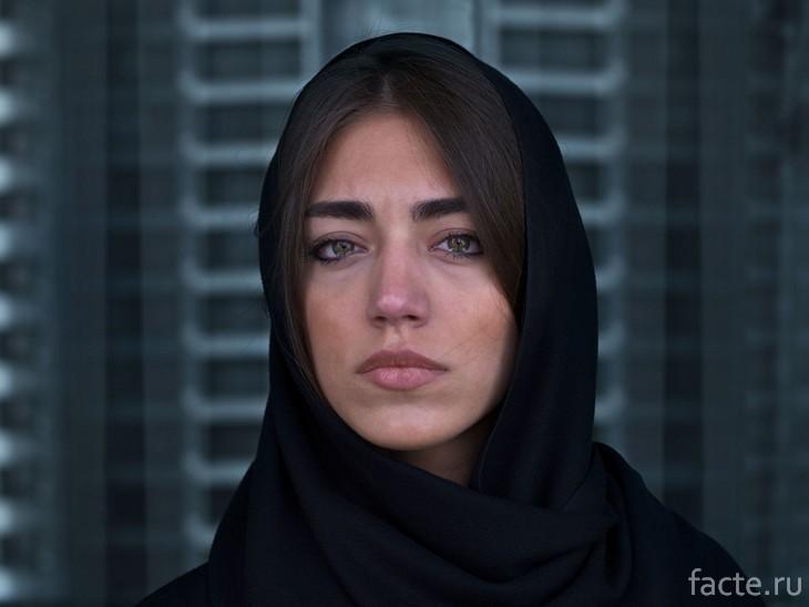 Иранская девушка