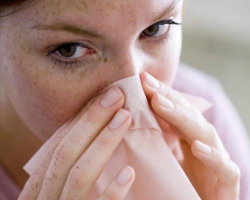 остановить кровь из носа