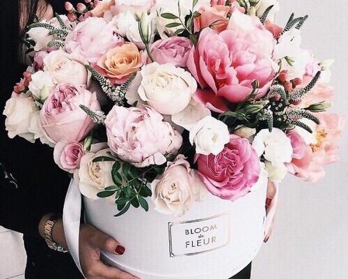 как правильно нести цветы