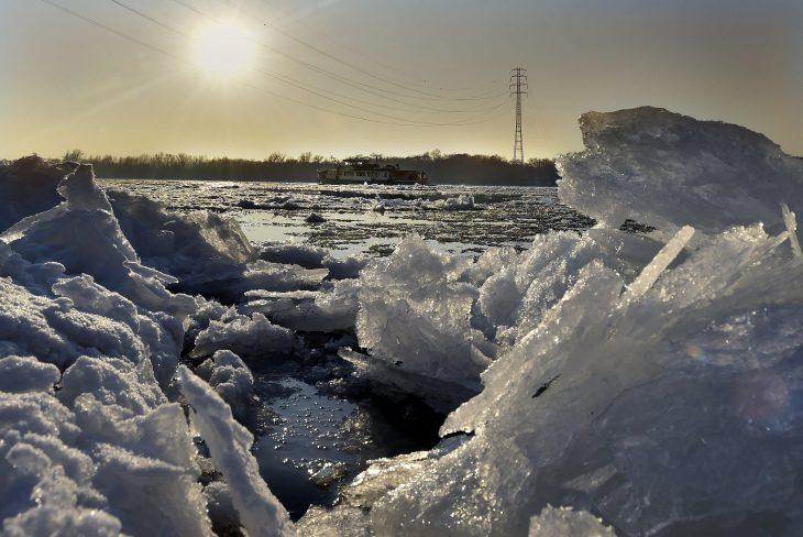 Лед на Дунае январь 2017