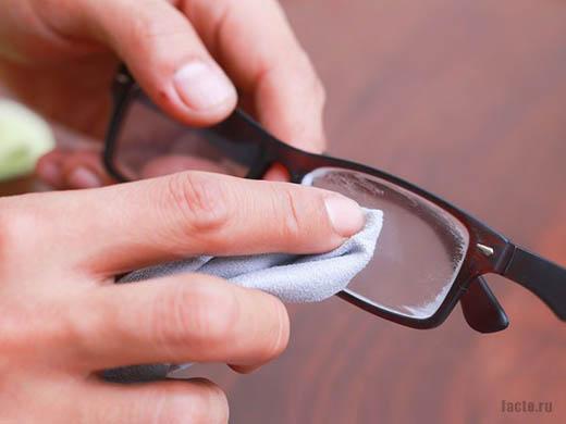 защита очков от запотеваний с помощью пасты