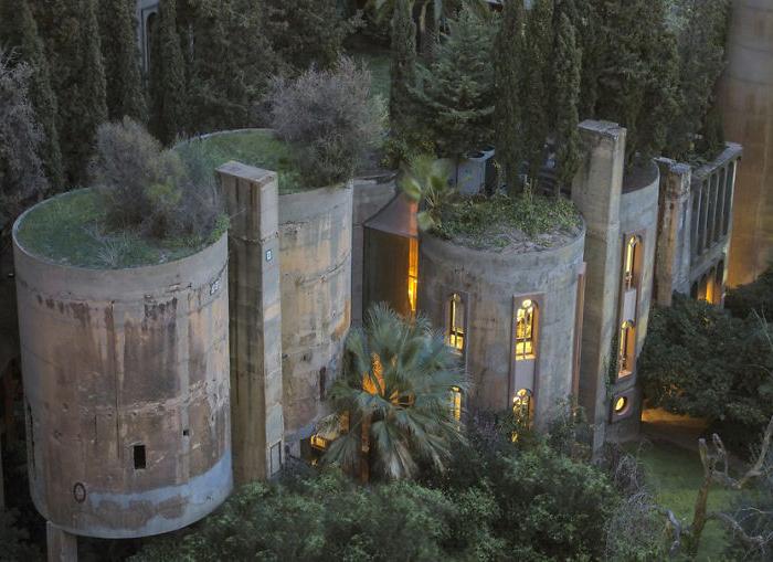 Свой дом из цементного завода