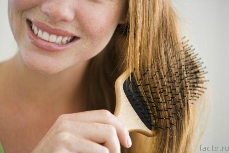 Расчесывание волос перед сном