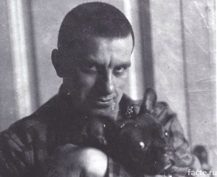 Маяковский и Булька