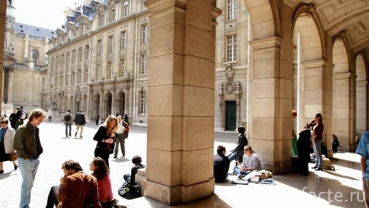 Что было до твоего синего диплома: история образования в Европе