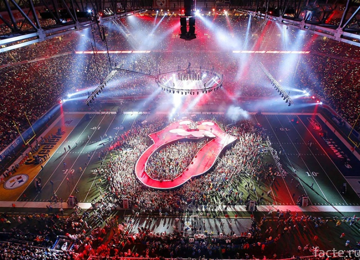 Самые яркие выступления на Супербоуле за последние 18 лет