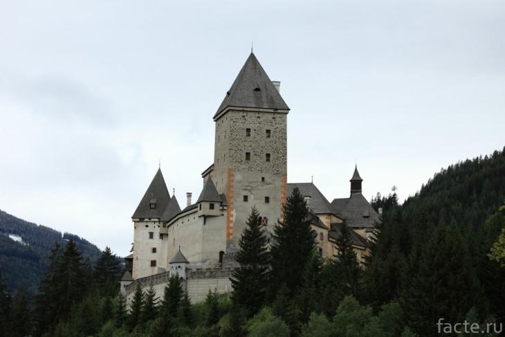 Замок Мушам