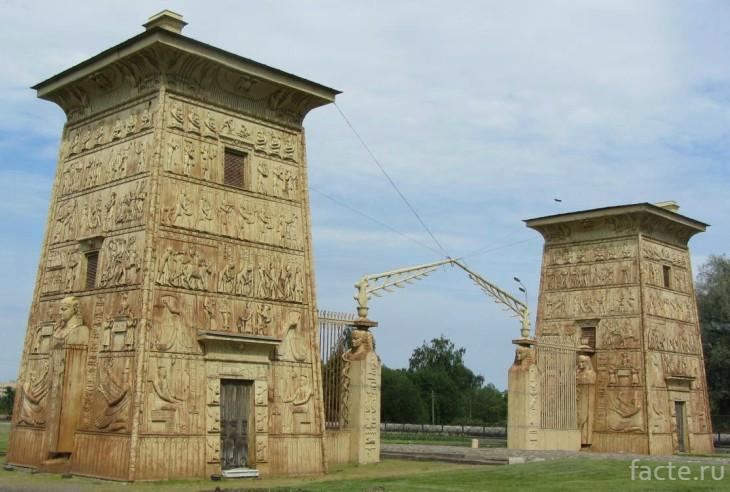 Египетские ворота СПБ