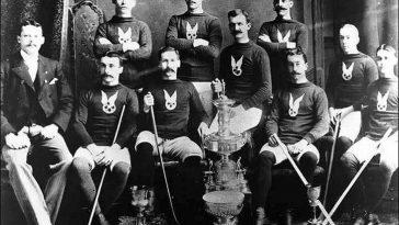 Где и когда зародилась игра настоящих мужчин – хоккей?