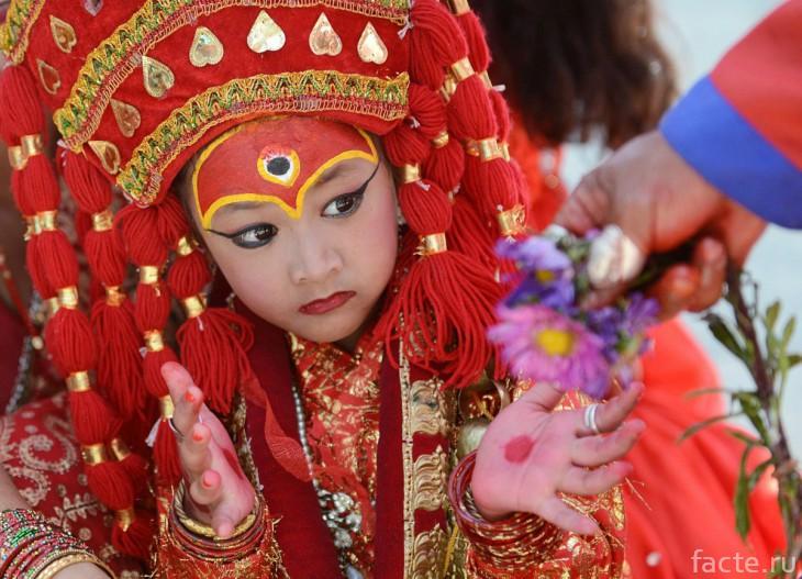 Кумари - живые девочки-богини Непала