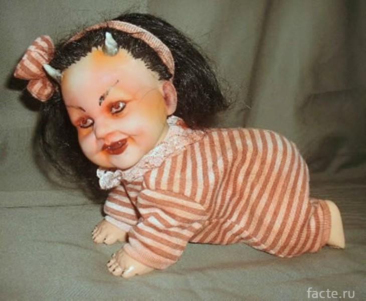 Кукла с рогами