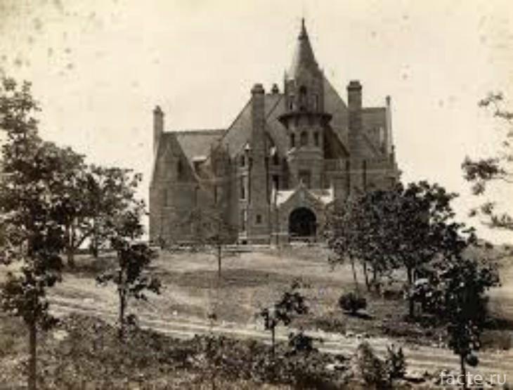 Старое фото замка шахтера