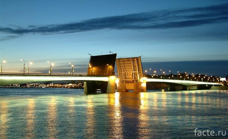 Мост Александра Невского СПб