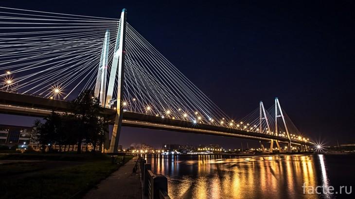Большой Обуховский мост ночью