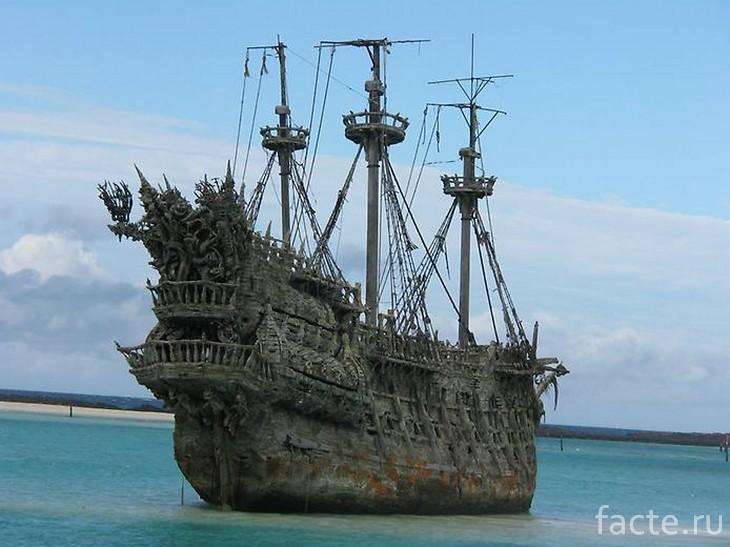 корабль летучий голландец 3