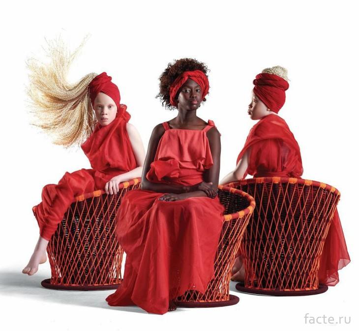 Сестры в красном