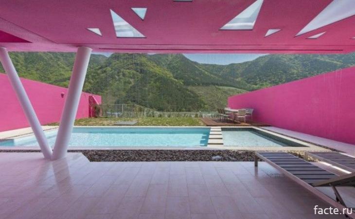 Оригинальный бассейн от корейского архитектора
