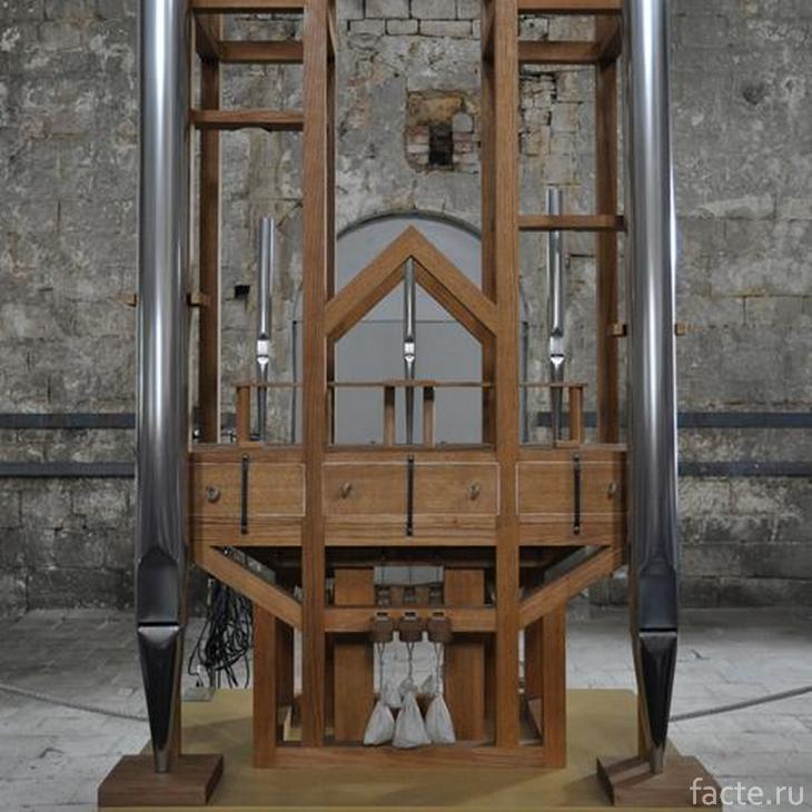 Орган в церкви Санкт-Бурхади