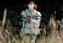 """Пеннивайз из фильма """"Оно"""" - самый известный жуткий клоун"""