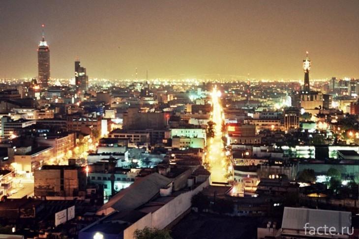 Ночное небо в городе