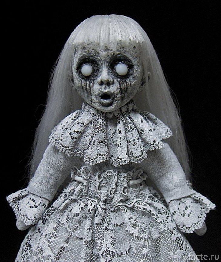 Жуткая кукла