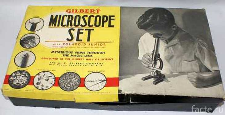 Игрушечный микроскоп