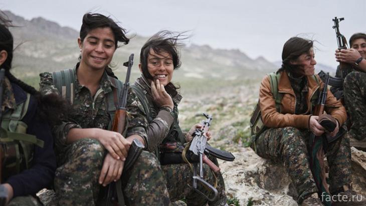 Женские отряды курдской обороны