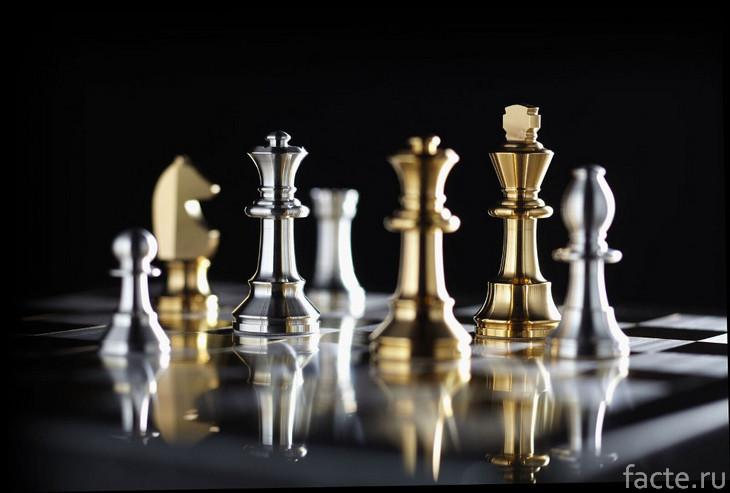 Золотые и серебряные шахматы