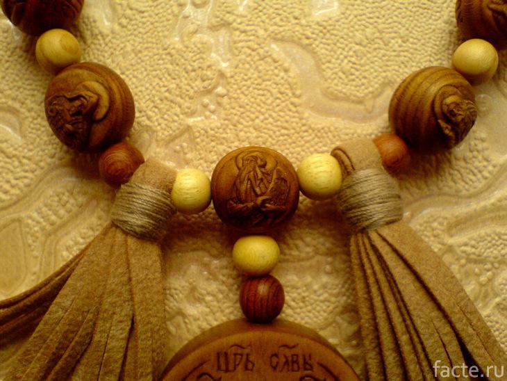 Православные четки с резьбой