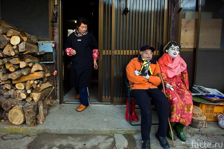 Куклы в Нагоро и их создательница