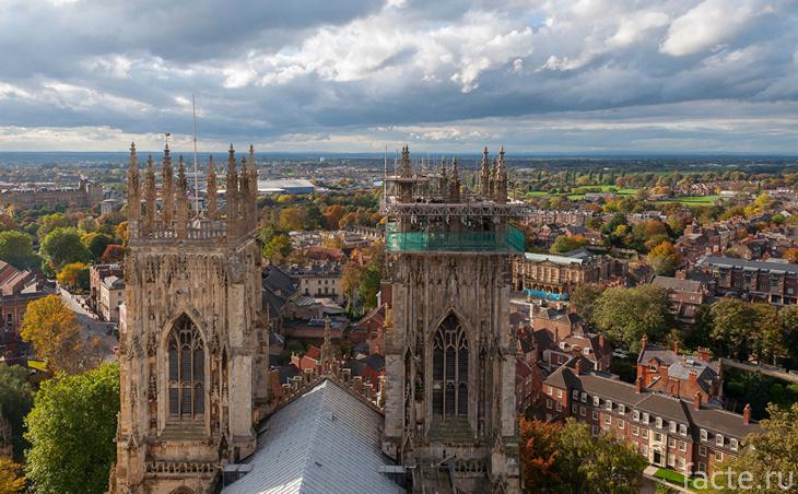 Город Йорк. Вид с собора