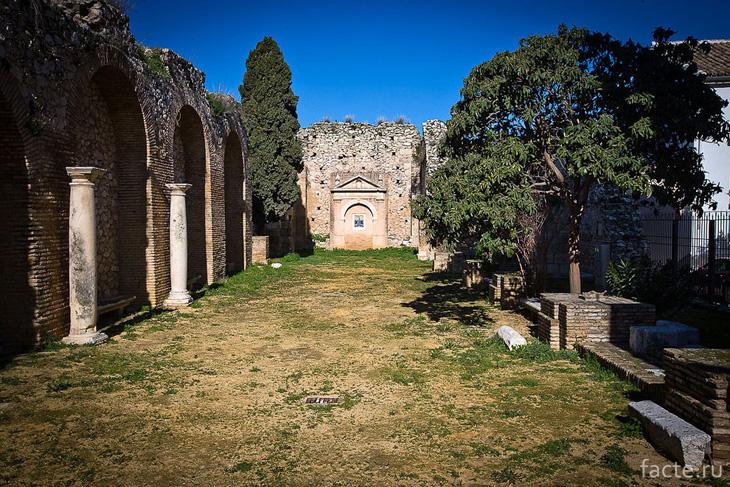 Остатки собора