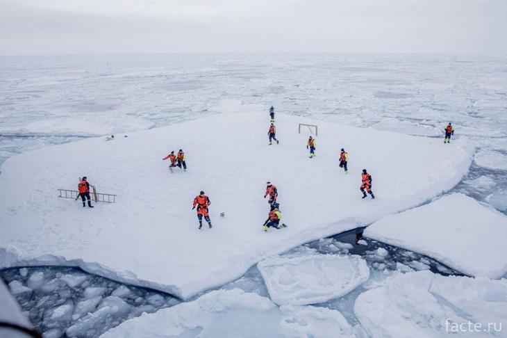 Льдина в Гренландии