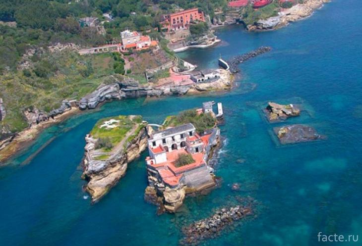 Остров Гайола