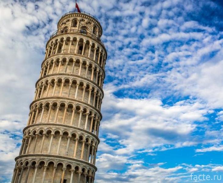 История «падающей башни»