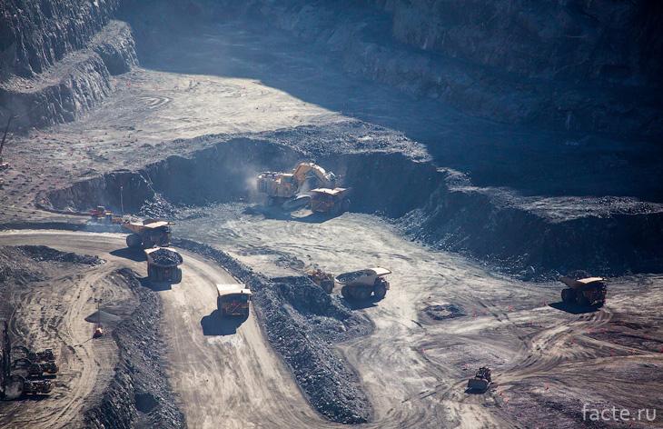 Работа в руднике