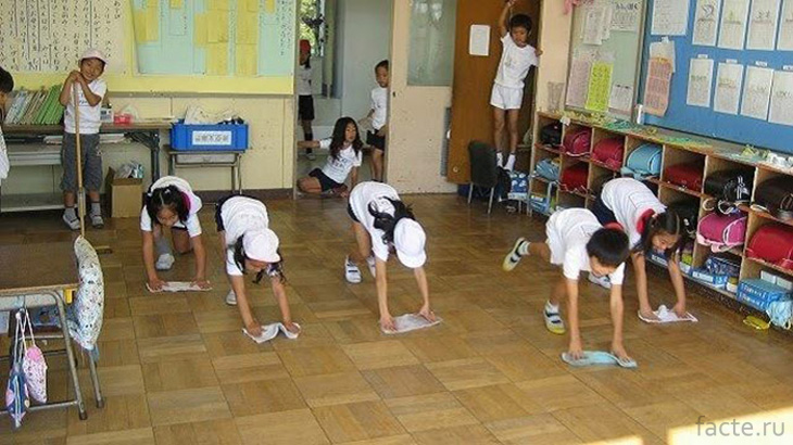 Уборка в школе Японии