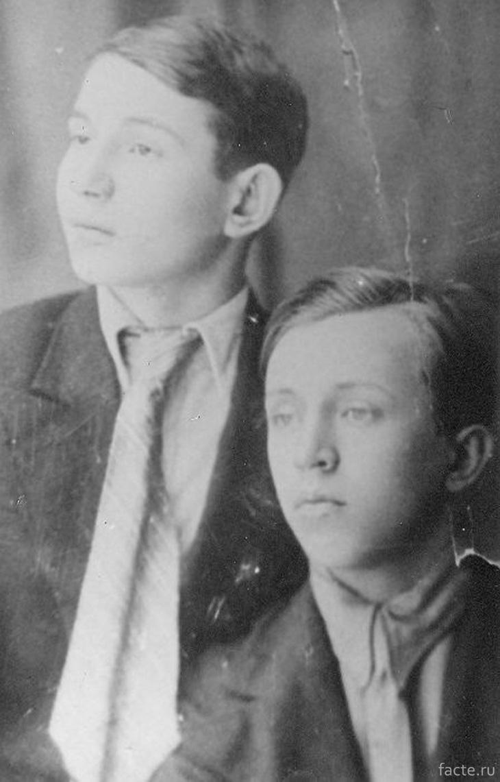 Константин и Юрий Есенины