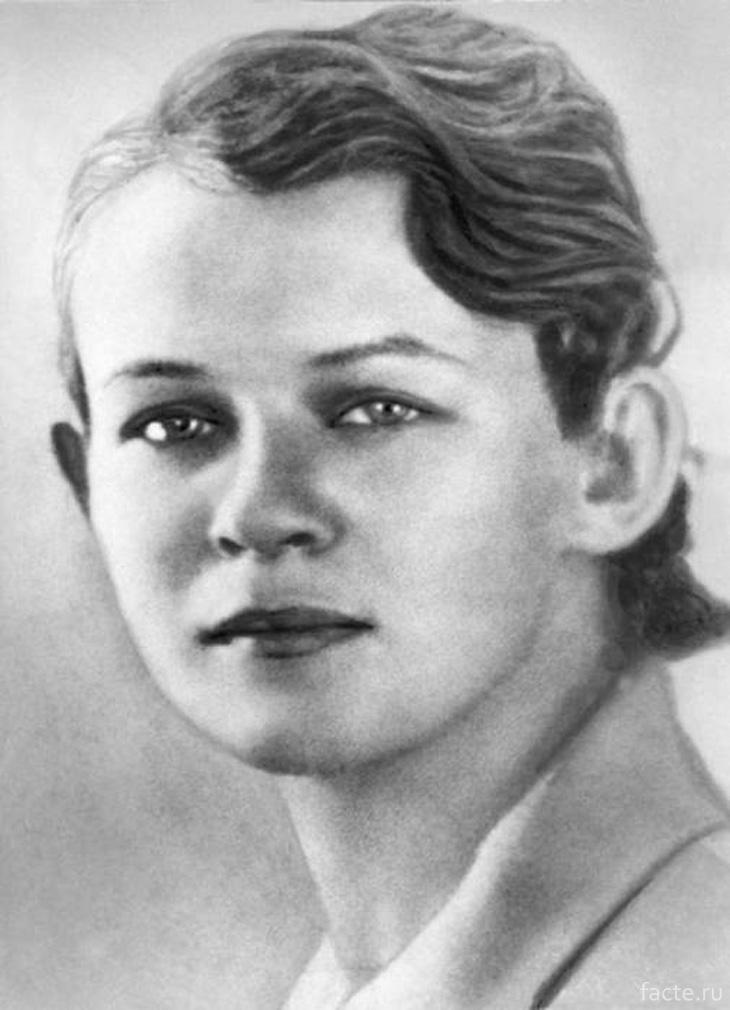 Татьяна Есенина, 1938 год