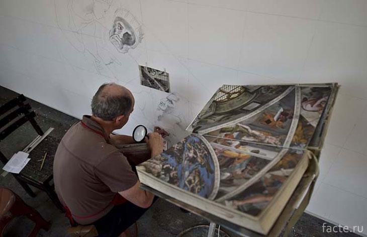 Работы над росписью Сикстинской капеллы в Мехико