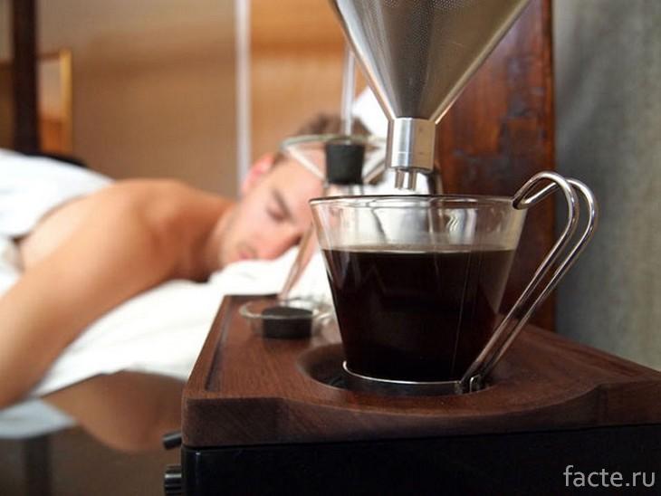 будильник-кофеварка
