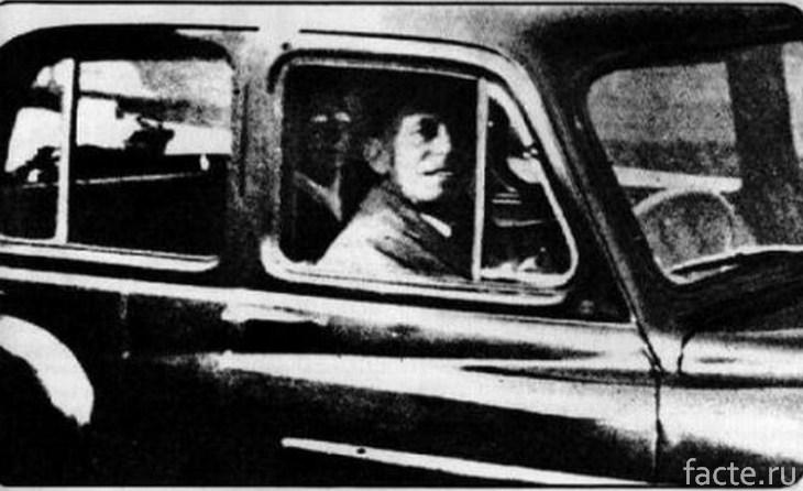 Пассажир на заднем сиденье