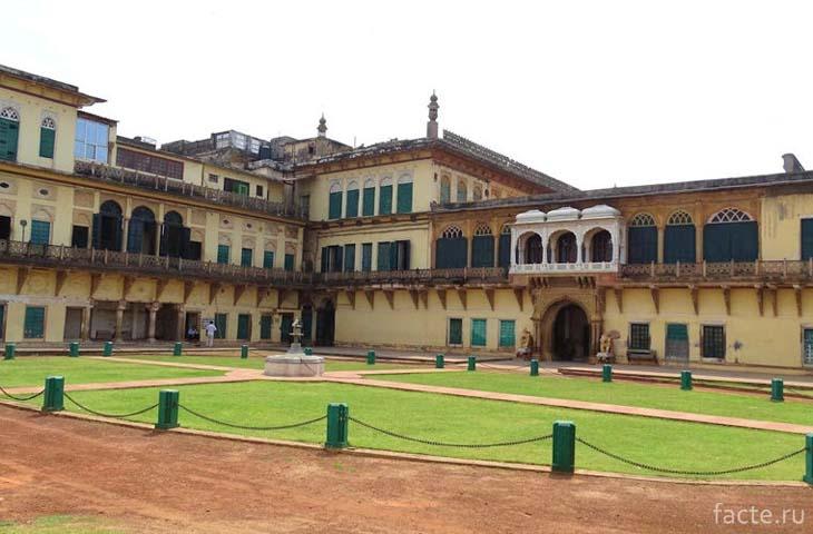 Королевский музей в форте Рамангар