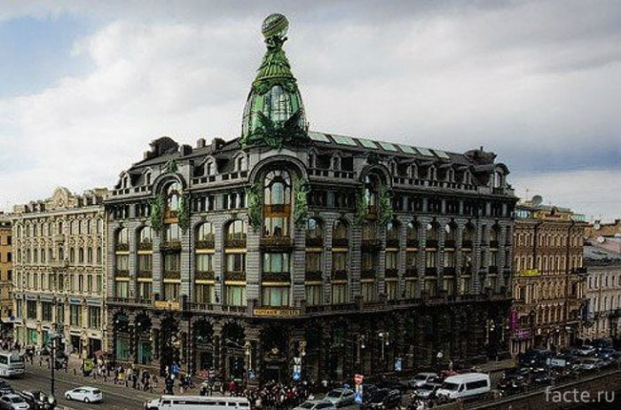 Дом-компании-«Зингер»-в-Санкт-Петербурге