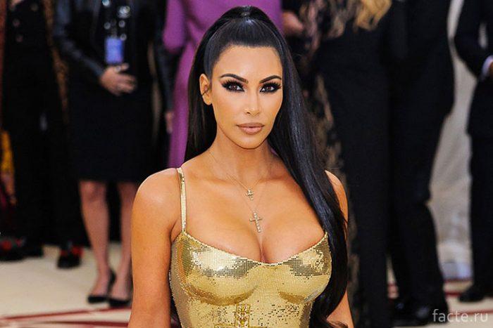Ким-Кардашьян